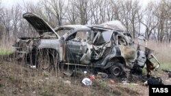 Автомобіль Спеціальної моніторингової місії ОБСЄ після вибуху біля села Пришиб Луганської області, 23 квітня 2017 року