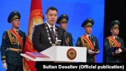 Президент Садыр Жапаров во время инаугурации.