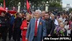 Vladimir Voronin și coloana comuniștilor