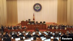 Қырғызстан парламенті сессиясы. (Көрнекі сурет).