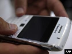 «BlackBerry»nin qiyməti 200-700 manatdır
