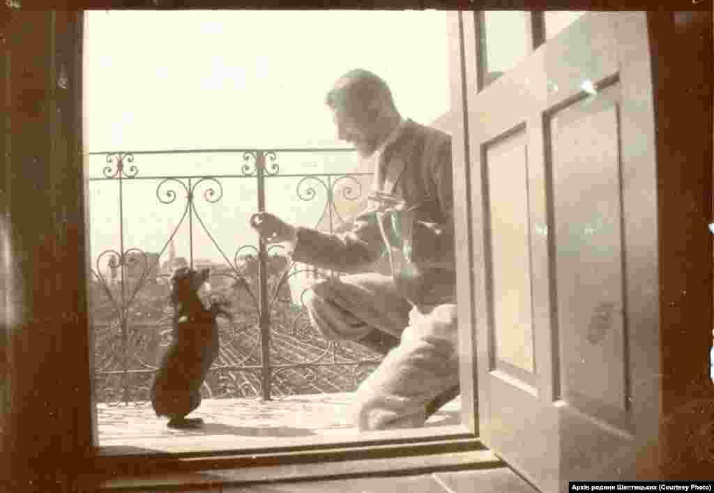 Казимир (о. Климентій) граф Шептицький у Ґрісі (Тіроль, Австрія), 1898 рік. Фото з колекції «Archiwum Szeptyckich». Власність «Fundacji Rodu Szeptyckich»)