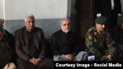 عبدالله عبدالله رئیس اجرائیه افغانستان در مراسم فاتحه خوانی جنرال محی الدین غوری قوماندان قول اردوی ۲۰۷ ظفر شرکت کرد.