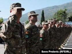 Черногорские военные отправляются с миротворческой миссией в Афганистан. 2011 год
