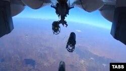 Ռուսական օդուժը Սիրիայում հարված է հասցնում ԻՊ-ի եթակառուցվածքներին, 15-ը հոկտեմբերի, 2015թ.