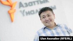 Элмирбек Иманалиев.