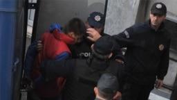"Crnogorska policija privodi osobe osumnjičene za pokušaj ""državnog udara"", Podgorica, oktobar 2016."