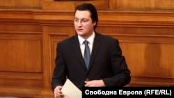 Зам.-председателят на парламентарната група на социалистите Крум Зарков