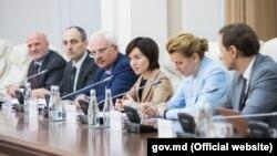 Premierul Maia Sandu la întâlnirea cu reprezentanții mediatorilor și observatorilor pentru reglementarea transnistreană