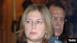 Россия и США потребовали отпустить израильского заложника и прекратить захваты людей, сообщила министр иностранных дел Израиля Ципи Ливни