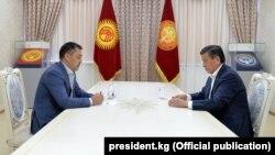 د سورنبای جینبکوف و سادیر ژاپاروف لیدنه