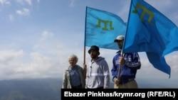 Акція пам'яті кримських татар, які загинули під час депортації. Крим, Чатир-Даг, 16 травня 2021 року
