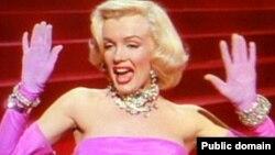 """аксе аз филми """"Gentlemen Prefer Blondes"""""""
