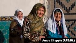 Өзбекстан әйелдері. Көрнекі сурет.