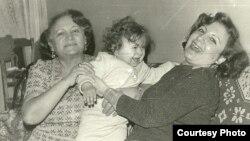 Leyla Yunus və qızı Dinara Yunus