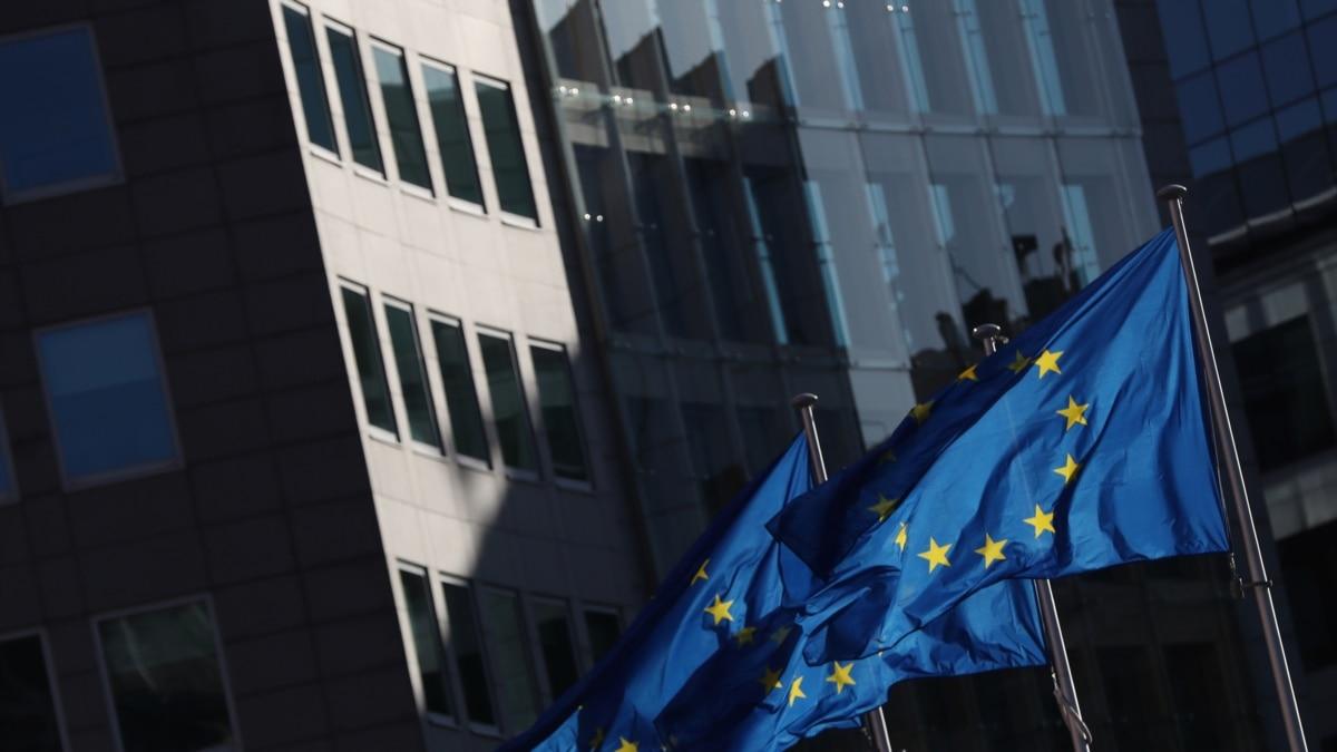 Лидеры ЕС проведут видеоконференцию через коронавирус