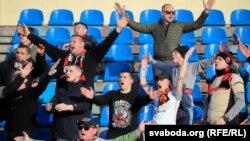 Беларустагы футбол таймаштарына барган күйөрмандар. 28-март, 2020-жыл.