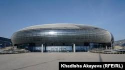 Новый спортивный комплекс в микрорайоне Карагайлы. Семей, 30 апреля 2020 года.