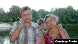 Уладзіслаў Ахроменка з жонкай Вольгай і дачкой Лізай