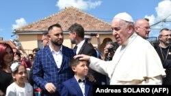Рим папаси Руминиянинг Блаж шаҳрида, 2019 йил 2 июнь.