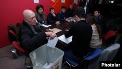 Armenia - Members of a precinct commission count ballots cast in a constitutional referendum, Yerevan, 6Dec2015.