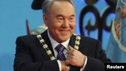 Қазақстан президенті Нұрсұлтан Назарбаев инаугурациясы кезінде. Астана, 8 сәуір 2011 жыл.