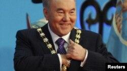 Президент Казахстана Нурсултан Назарбаев на церемонии своей инаугурации. Астана, 8 апреля 2011 года.