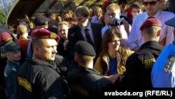 В белорусских городах было задержано свыше 400 человек