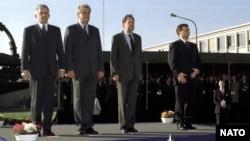 Premierul Zeman la Bruxelles în momentul primirii Cehiei în Nato