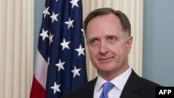 السفير الأميركي الى العراق روبرت ستيفين بيكروفت