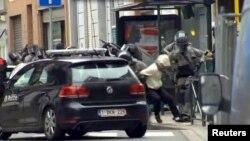 Брюссель маңында Салех Абдесламды тұтқындау сәті. Бельгия, 18 наурыз 2016 жыл.