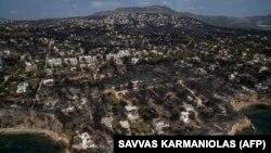 Последствия пожара в селе Мати возле Афин