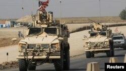 خودروهای نظامی آمریکایی در مرز سوریه و عراق