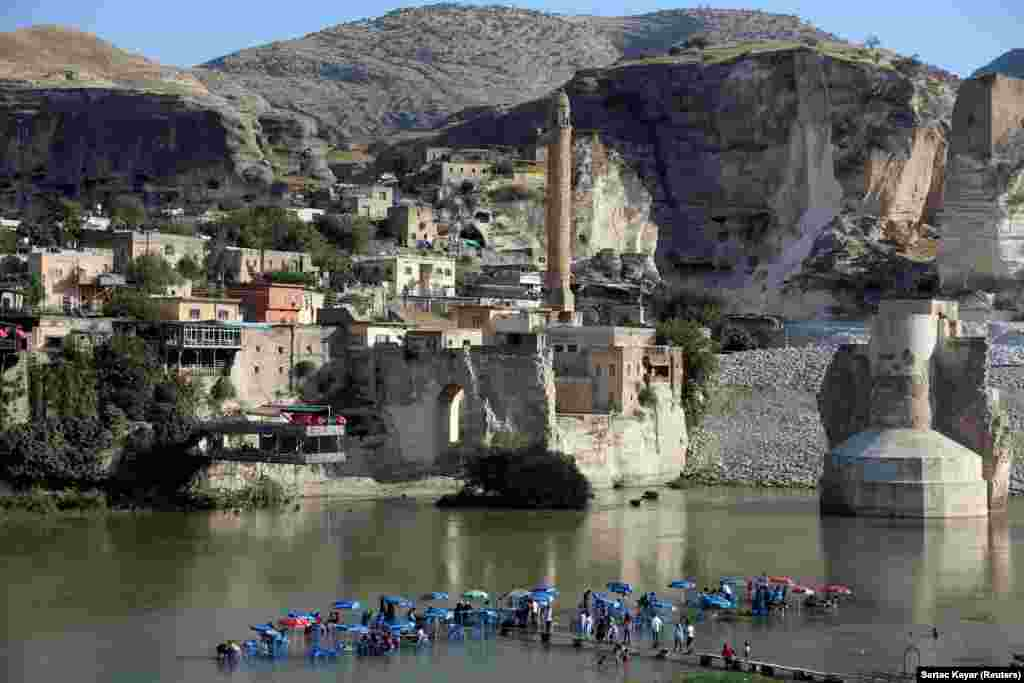 A general view of the ancient town of Hasankeyf by the Tigris River, which will be significantly submerged by the Ilisu dam being constructed in southeastern Turkey. (Reuters/Sertac Kayar)