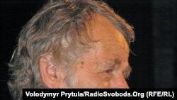 Голова Меджлісу Мустафа Джемілєв виступає на Курултаї