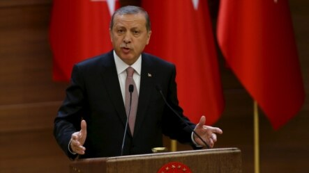 Turkish President Recep Tayyip Erdogan also rejected allegations from Putin that Turkey was helping to fund Islamic State (IS) militants by buying oil from the extremist group.