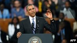 Президент Барак Обама выступает в Найроби