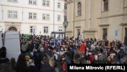Protesta kundër migrantëve e myslimanëve
