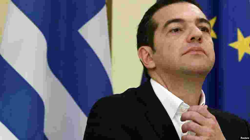 ГРЦИЈА / МАКЕДОНИЈА - Во преговорите не одиме да го дадеме името Македонија, како што тврдат некои, одиме да земеме назад нешто што е дадено пред 70 години, изјави грчкиот премиер Алексис Ципрас. Според него, одредница пред името Македонија би било победа за Грција.