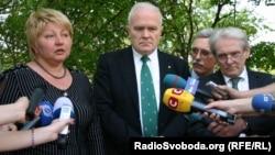 Раїса Моїсеєнко і німецькі лікарі заявляють про згоду Тимошенко на лікування, 4 травня 2012 року
