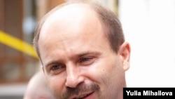 Ministrul economiei Valeriu Lazar