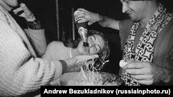 Шампанське і стагнація: 1980-і роки в СРСР (фотогалерея)