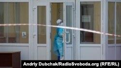Загалом в Україні зафіксували 27856 лабораторно підтверджених випадків хвороби