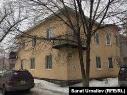 12-квартирный жилой дом по улице Жексенбаева, 65, который власти предлагали снести. Уральск, 2 марта 2017 года.
