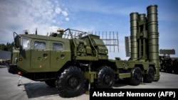 A Russian S-400 antiaircraft missile launching system is displayed outside Moscow in August.