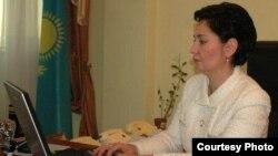 Еңбек және халықты әлеуметтік қорғау министрі Гүлшара Әбдіқалықова.