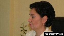 Еңбек және халықты әлеуметтік қорғау министрі Гүлшара Әбдіхалықова. Астана, 27 қаңтар 2011 жыл.