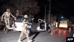 Pjesëtarë të ushtrisë së Pakistanit gjatë një operacioni