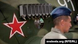 Европейското ембарго не пречи на Беларус да провежда ежегодни изложения на военна техника.