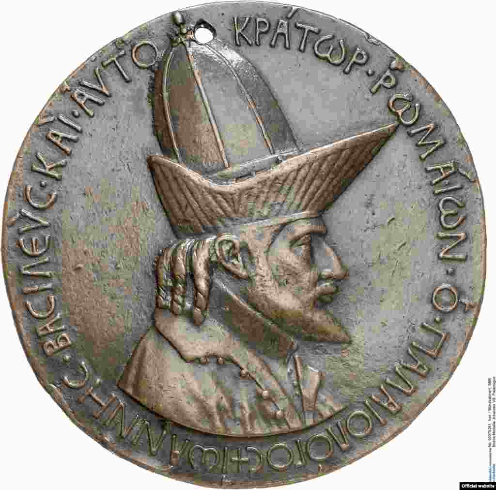 Pisanello Medalie Ioan VIII Palaiologos, 1438/39 Berlin, National Museums in Berlin, Numismatic Collection © National Museums in Berlin, Jörg P. Anders (photo: Bode Musem press service courtesy)